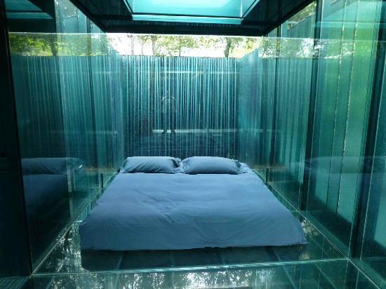 Hoteles con encanto en la garrotxa h con algo que encanto for Hoteles minimalistas en espana