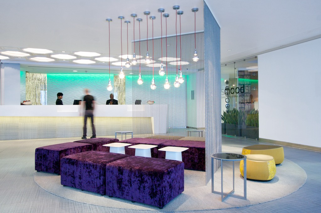 Hoteles lujosos h con algo que encanto for Hoteles minimalistas en espana